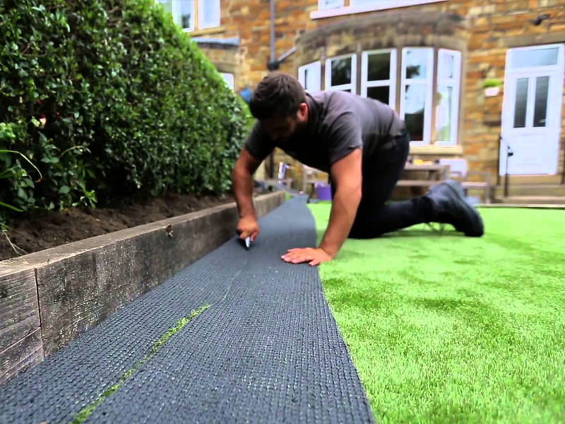 ARTIFICIAL GRASS FITTING AND INSTALLATION